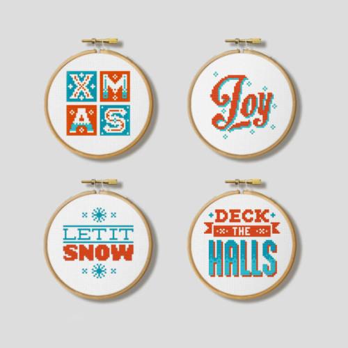Schemi per decorazioni natalizie a punto croce