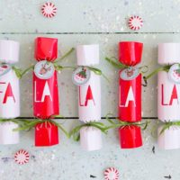 a la la la Christmas Party Crackers