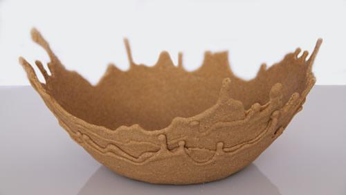 Ciotole fatte con sabbia colata